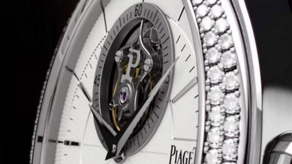 Piaget-Black-Tie-Gouverneur_videoscreen