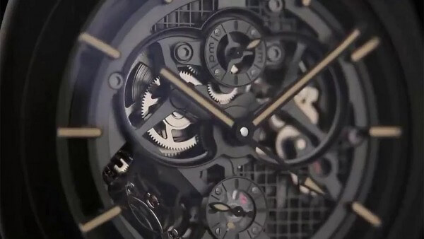 Officine-Panerai-Pocket-Watch-Tourbillon-GMT-Ceramica_videoscreen