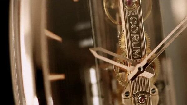 Corum-Golden-Bridge-Automatic_videoscreen