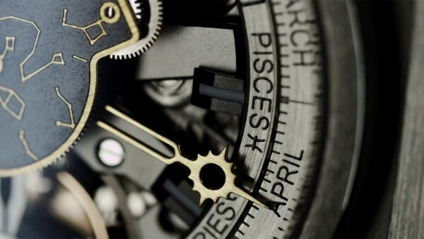 Hublot-MP-08-Antikythera-SunMoon_videoscreen