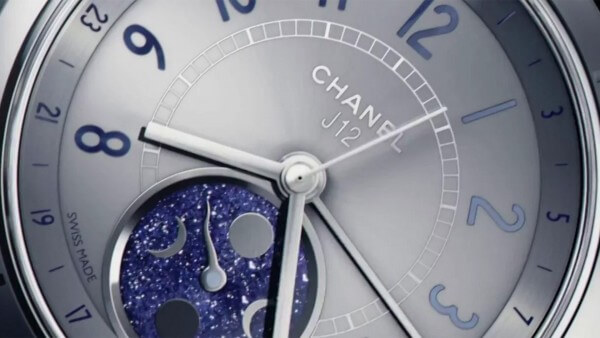 Chanel-J12-Moonphase_videoscreen