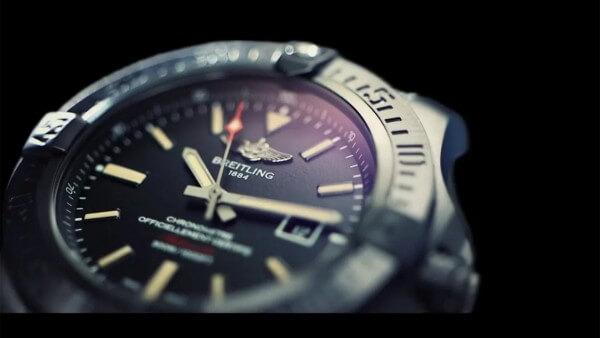 Breitling-Avenger-Blackbird_videoscreen