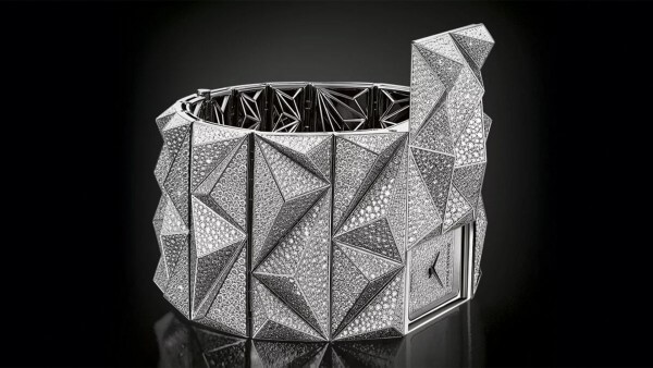 Audemars-Piguet-Diamond-Punk_videoscreen