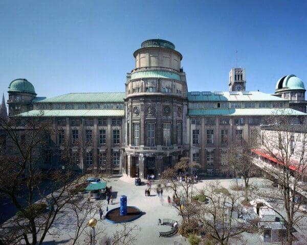 L'île du musée (Museuminsel à Munich) : Das Deutsche Museum © Deutsches Museum
