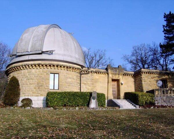 L'Observatoire cantonal de Neuchâtel, créé en 1858, fut un des symboles et meilleur ambassadeur de la précision helvétique © Université de Neuchâtel