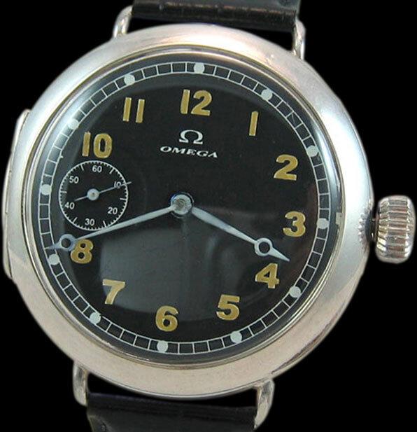 Montre militaire Omega montée sur la base d'une montre de poche. Cadran entièrement peint © Fabrice Guéroux
