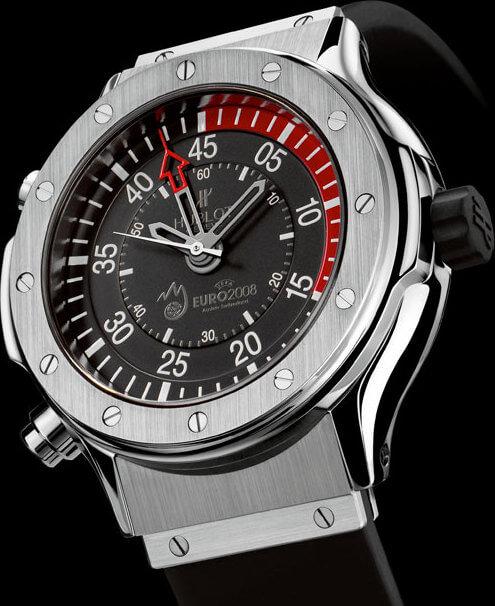 Chronomètre de l'EURO 08 réalisé spécialement par Hublot pour les arbitres de l'Euro 2008 © Hublot