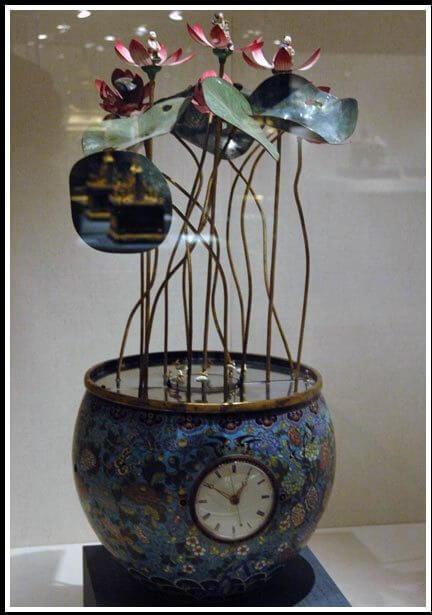 Horloge aux fleurs (1) © David Chang