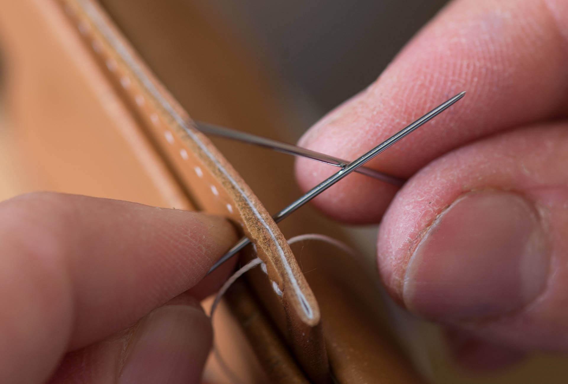 D Ou Vient Le Cuir les bracelets hermès, des pépites de cuir – fhh journal