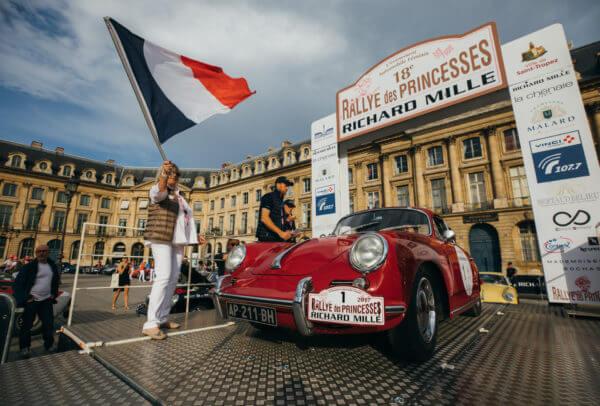 Rallye des Princesses copyright JULES LANGEARD.