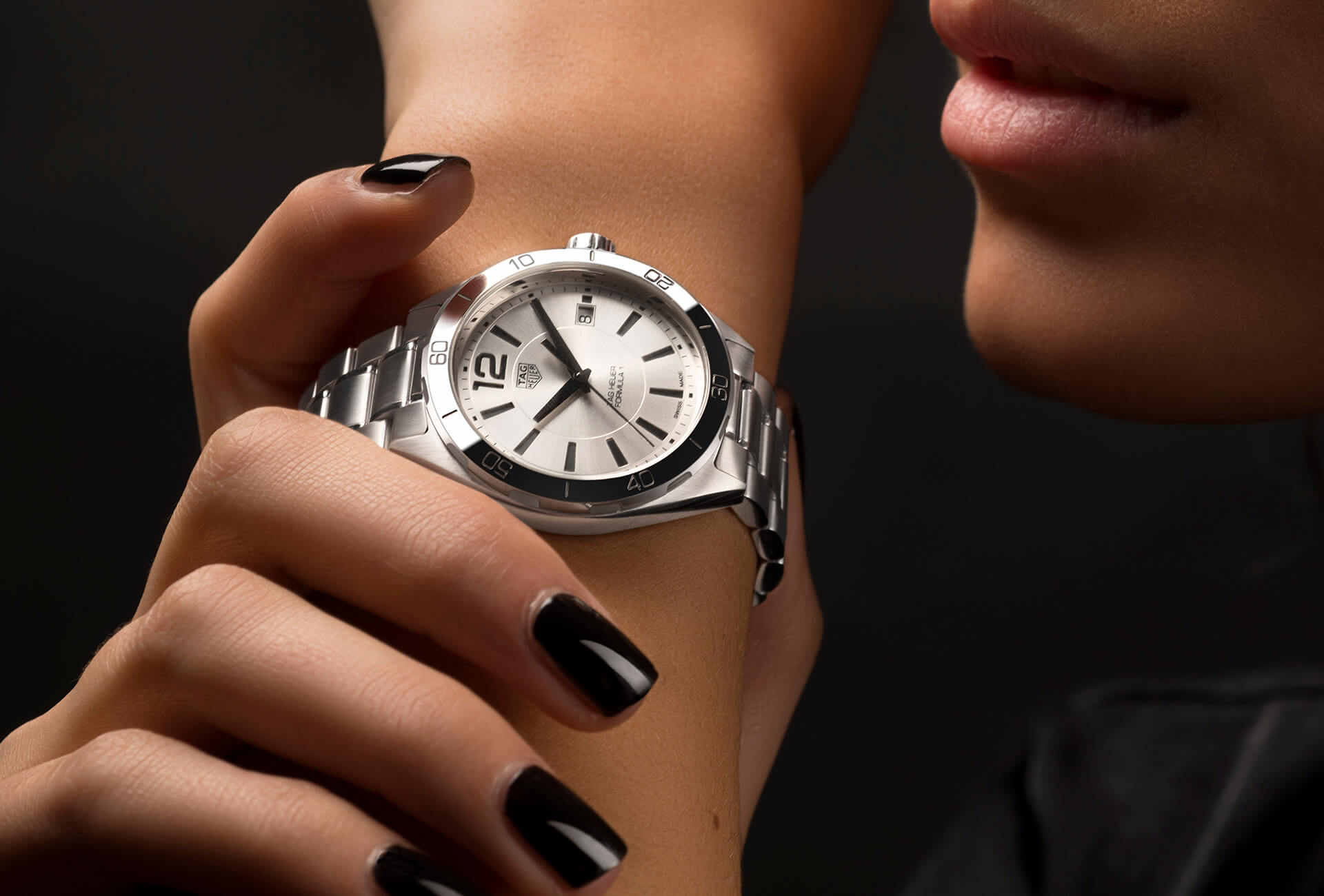 10 Watches That Will Make Your Valentine S Day Fhh Journal