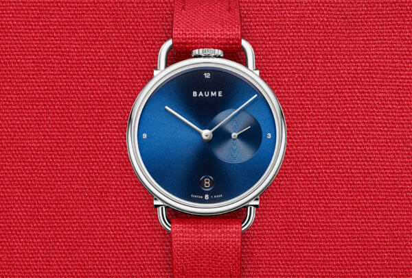 Custom Timepiece (bracelet en coton rouge) © Baume
