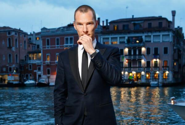 Benedict Cumberbatch porte une Jaeger-LeCoultre Polaris Memovox