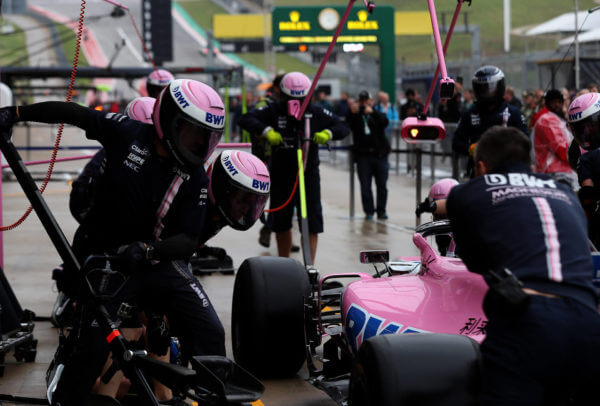 Racing-Point-Force-India-F1-Team-Pit-Stop
