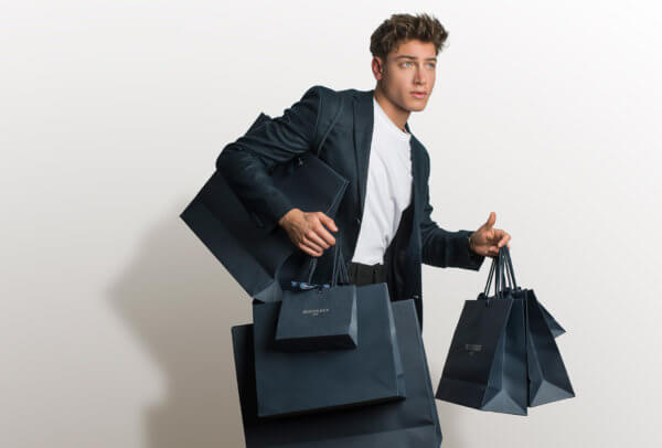 Déjà présent sur le Web en Suisse, en Angleterre et aux États-Unis, le détaillant Bucherer vient de lancer une plate-forme d'e-commerce également en Allemagne.