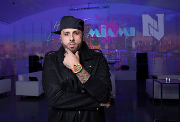 Nicky Jam, chanteur