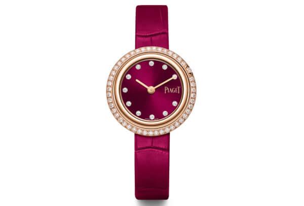 Montre Possession – 34 mm, boîtier en or rose 18 carats serti de 46 diamants taille brillant, cadran rose foncé serti de 11 index en diamant taillés en forme de point © Piaget