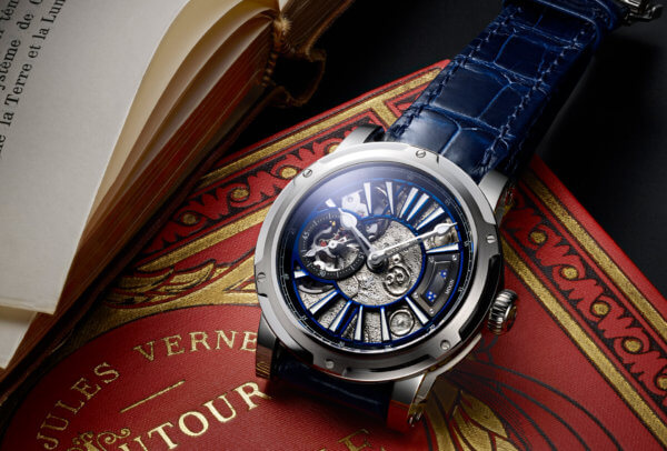 « Moon » © Louis Moinet