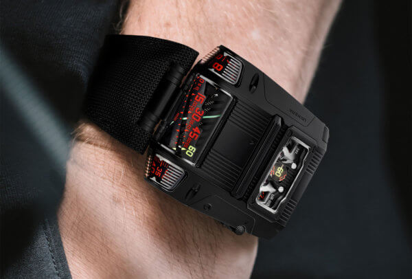 UR-111 « Black Cobra » © Urwerk