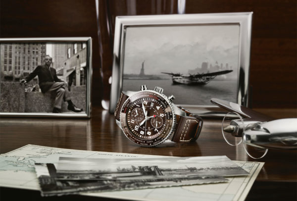 Montre d'Aviateur Timezoner Chronograph Edition « 80 Years Flight to New York » © IWC
