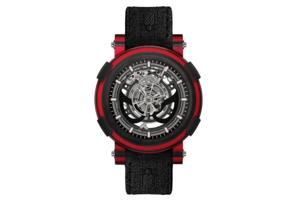 Arraw Tourbillon Spider-Man en composite carbone noir et fibre de verre rouge © RJ