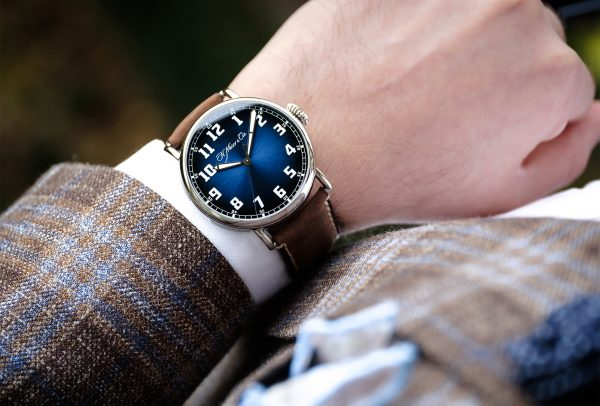 Heritage Centre Seconds Funky Blue © H. Moser & Cie