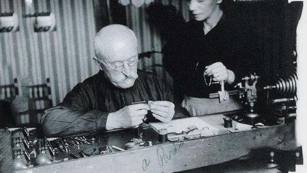Paul Guillard, horloger suisse (Genève) en 1921