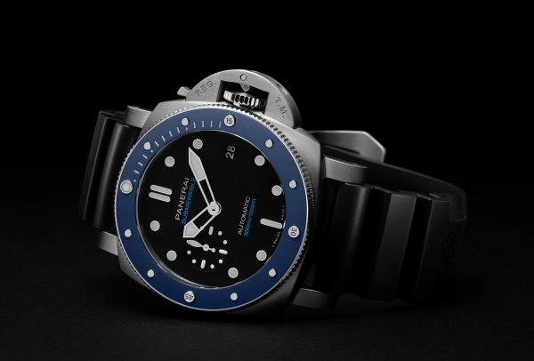 Submersible Azzuro © Panerai