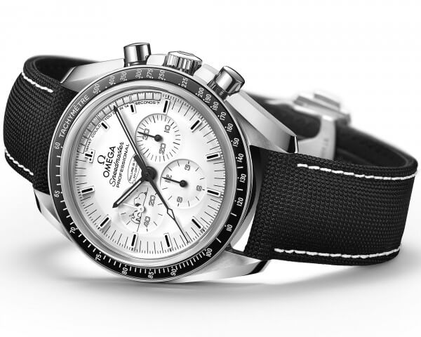 omega-speedmaster-apollo-13-silver-snoopy-1